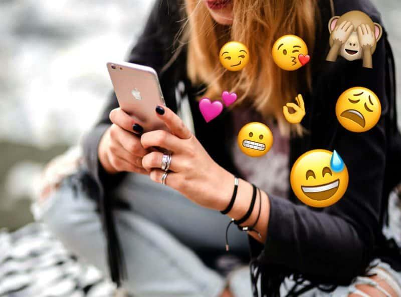 Top 25 Emojis Guys Use When They Love You - Decoding Guys' Emojis